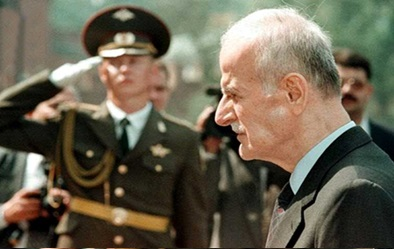 صورة وفاة حافظ الأسد عام 2000