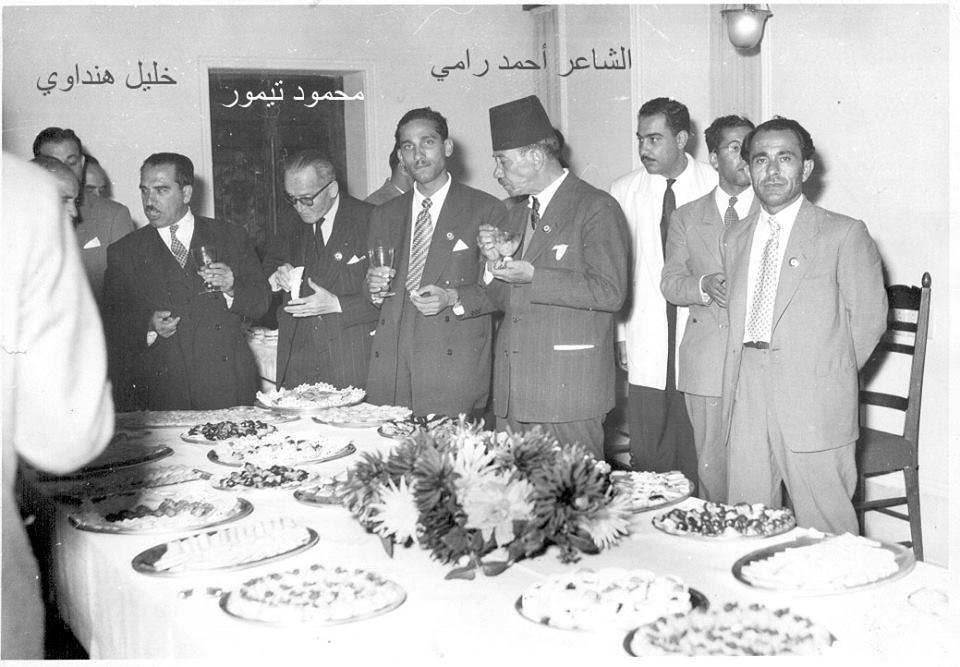 الشاعر خليل الهنداوي في مؤتمر الأدباء العرب عام 1955