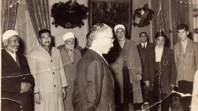 صورة الرئيس ناظم القدسي يستقبل شيوخ عشائر كردية عام 1961