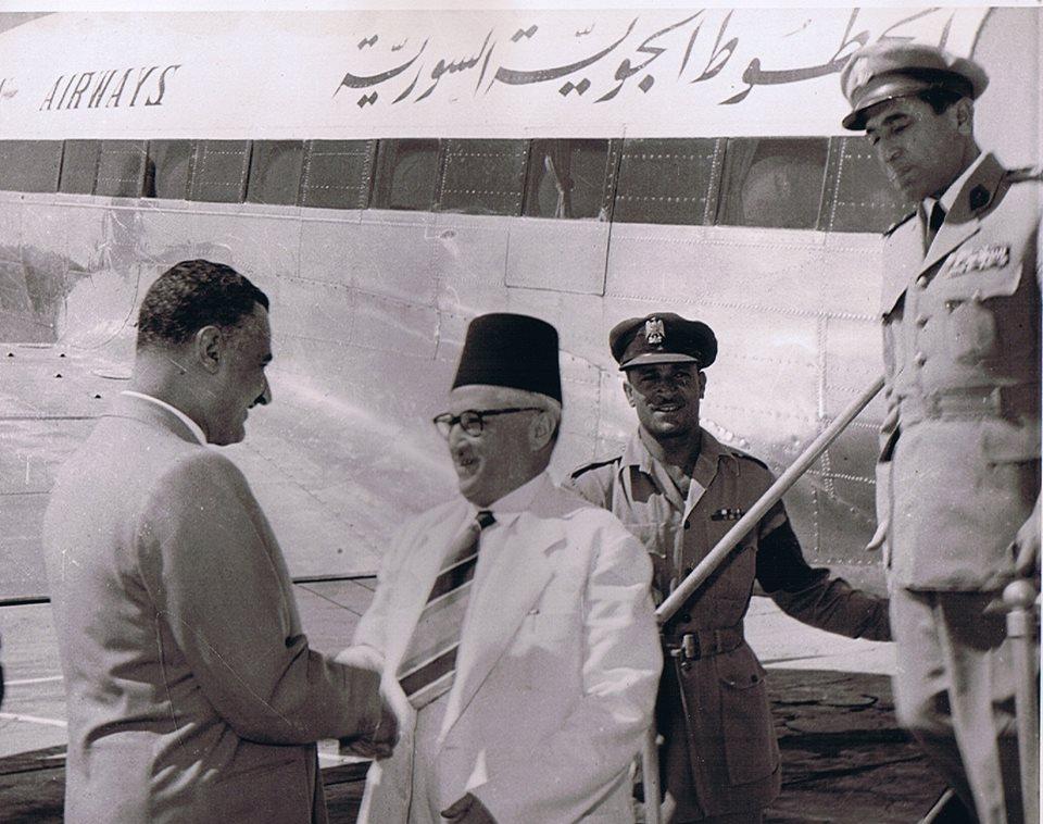 القاهرة 1954- جمال عبد الناصر يستقبل سعيد الغزي (1)
