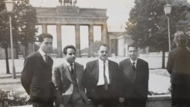 صورة الرائد أحمد عنتر و من أفراد القوى الجوية في برلين 1965