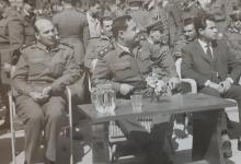 صورة المقدم أحمد عنتر في مطار المزة العسكري عام 1965