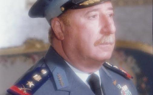صورة ناجي جميل قائد القوى الجوية والدفاع الجوي في سورية 1971 – 1978