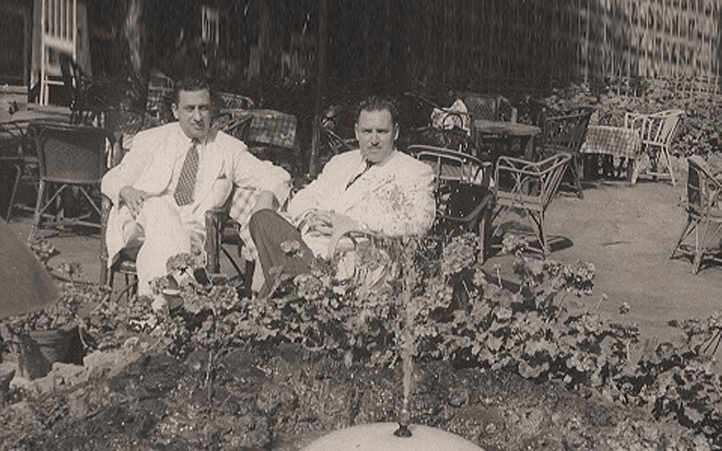 عمر بهاء الدين الأميري ومصطفى السباعي.. الاسكندرية 1953