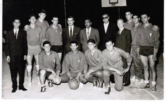 منتخب دمشق بكرة السلة في بغداد  عام 1962-1963