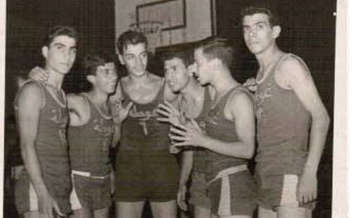 فريق الغوطة لكرة السلة الفائز بكأس العميد مطيع السمان عام 1962