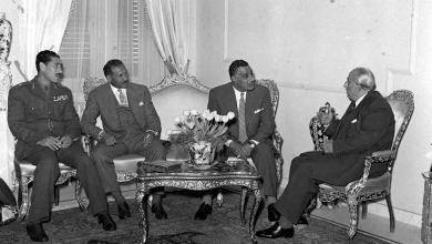 صورة شكري القوتلي يستقبل جمال عبد الناصر في قصر الضيافة بعيد إعلان الوحدة (2)