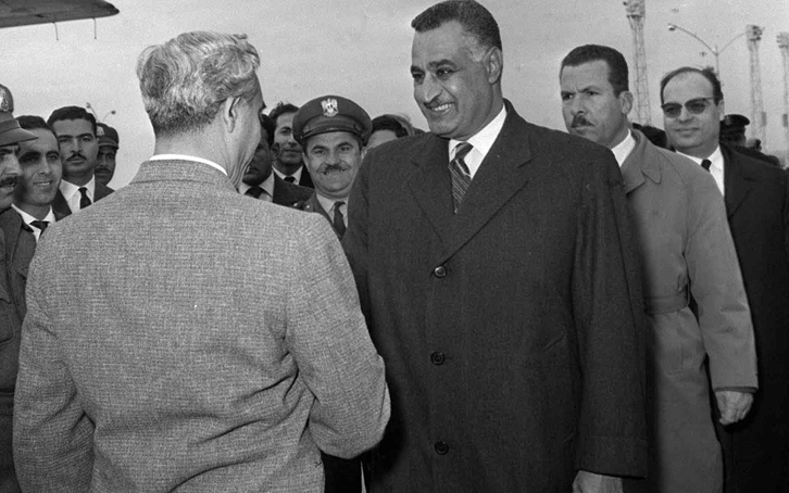 مغادرة أمين حافظ مطار القاهرة بعد انتهاء مؤتمر القمة العربي 1964