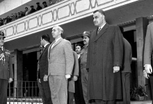 جمال عبد الناصر في وداع أمين الحافظ بعد انتهاء مؤتمر القمة العربي 1964 (3)