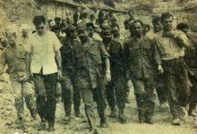 صورة زيارة أعضاء من قيادة البعث إلى المعسكر الانتاجي لاتحاد الطلبة في كسب 1968