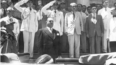 حسني الزعيم في احتفالات عيد الجلاء -نيسان 1949