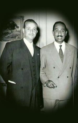 محمد نزهت اليافي مع أنور السادات في القاهرة 1959