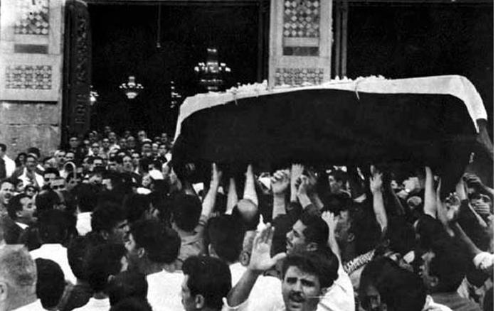 دمشق 1967 - تشييع شكري القوتلي في المسجد الأموي