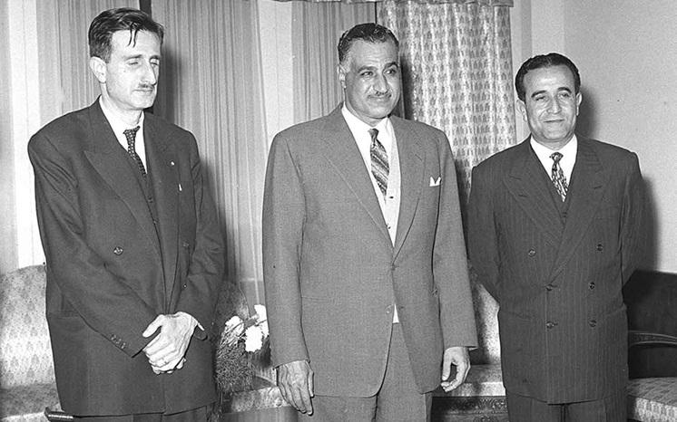جمال عبد الناصر يستقبل كمال جنبلاط في دمشق عام 1961