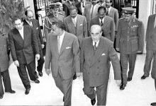 صورة دمشق 1958- شكري القوتلي يستقبل جمال  عبد الناصر عند باب قصر الضيافة بعيد إعلان الوحدة (2)