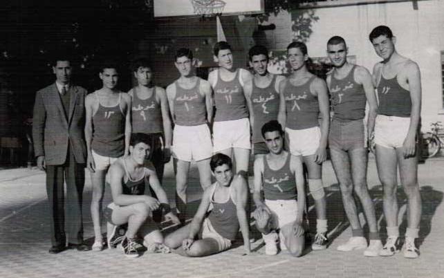 فريق ناشي نادي الغوطة بكرة السلة عام 1962