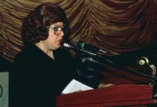 دمشق 1989- نجاح العطار  في افتتاح مهرجان دمشق السينمائي السادس (1)