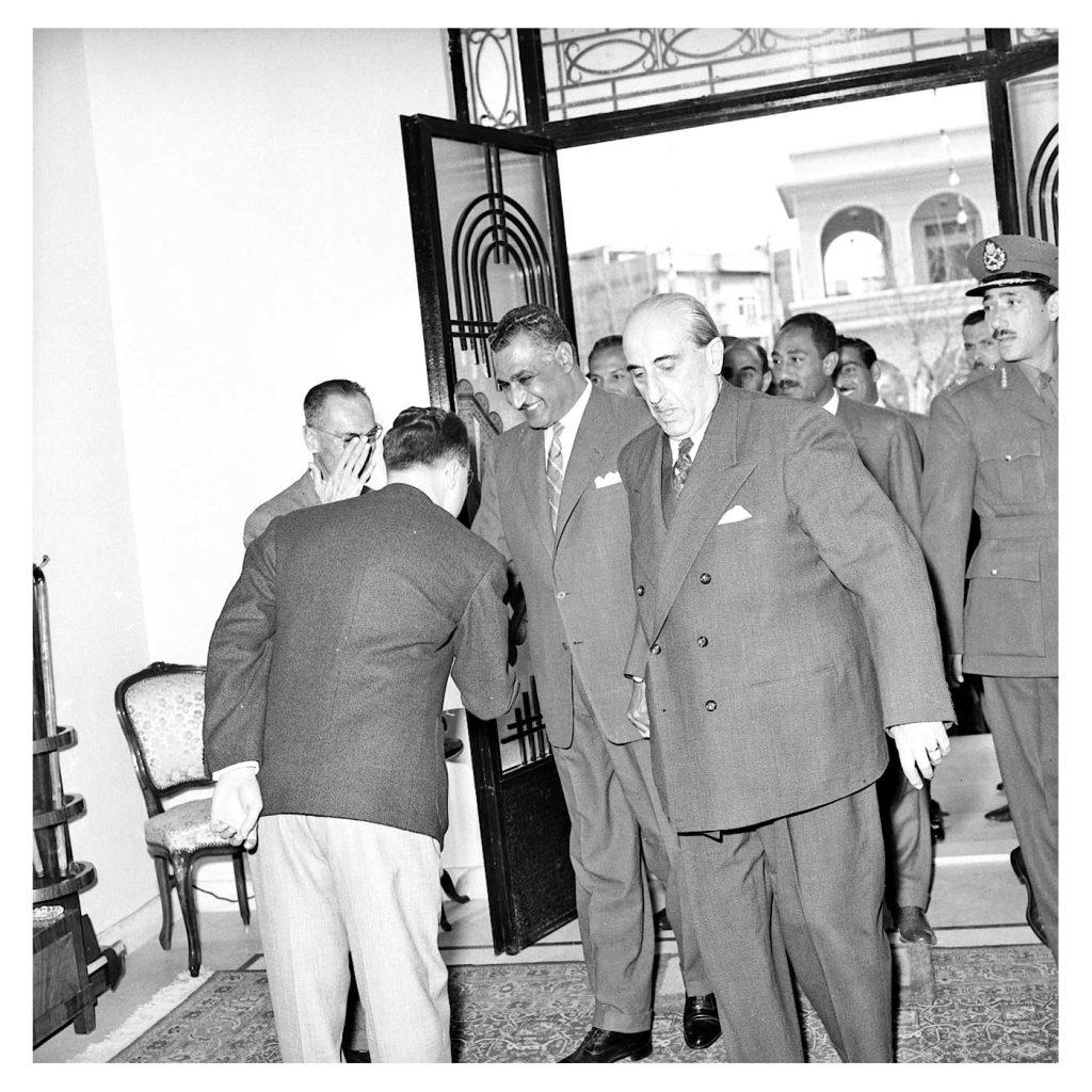 دمشق 1958- الرئيسان شكري القوتليو جمال عبد الناصرعند باب قصر الضيافة