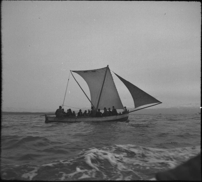 طرطوس - أرواد 1941 ...نقل الركاب بين الجزيرة وطرطوس