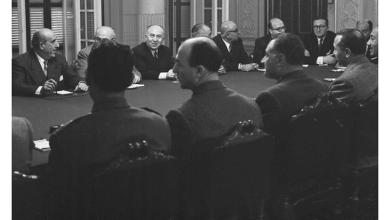 صورة جمال عبد الناصر وشكري القوتلي بالاجتماع الأول في محادثات الوحدة 1958 (1)