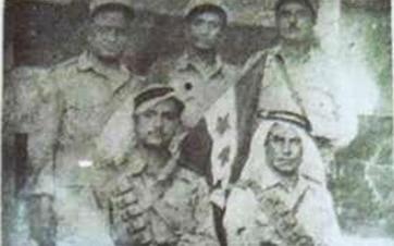 إنشقاق ضباط دير الزور عن الجيش الفرنسي ورفع العلم السوري 1945