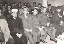 صورة أمين الحافظ مدير الكلية الحربية وخالد سليم مدير موقع حمص عام 1957