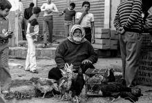 صورة بائع دجاج في مدينة دمشق عام 1982