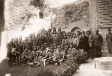 صورة كشاف سورية ووفد الكشاف العربي في زيارة إلى العراق عام 1937 (3)