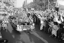 صورة القاهرة 1958 – جمال عبد الناصر وشكري القوتليعند توقيع ميثاق الوحدة (7)