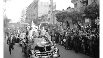صورة القاهرة 1958 – جمال عبد الناصر وشكري القوتليعند توقيع ميثاق الوحدة (1)