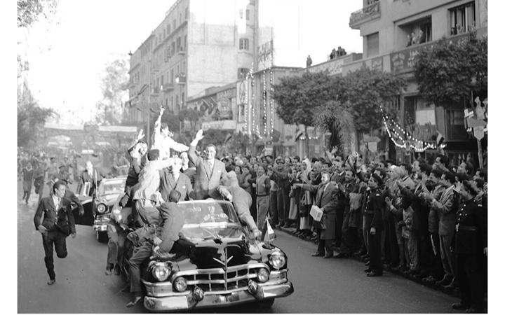 القاهرة 1958 - جمال عبد الناصر وشكري القوتليعند توقيع ميثاق الوحدة (1)