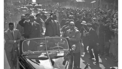 صورة القاهرة 1958 – جمال عبد الناصر وشكري القوتليعند توقيع ميثاق الوحدة (3)
