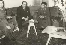 صورة المشير عبد الحكيم عامر والوزير علي بوظو