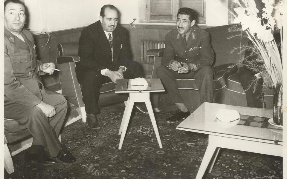 المشير عبد الحكيم عامر والوزير علي بوظو