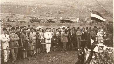 صورة فرقة كشاف ميسلون عند ضريح يوسف العظمة