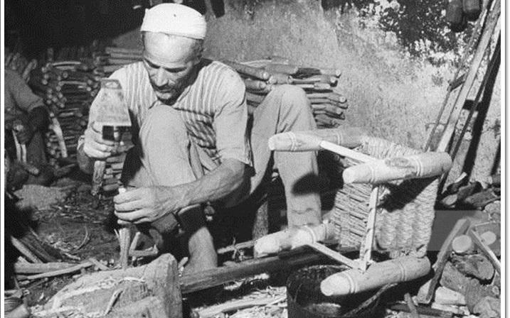 دمشق 1943- نجار عربي