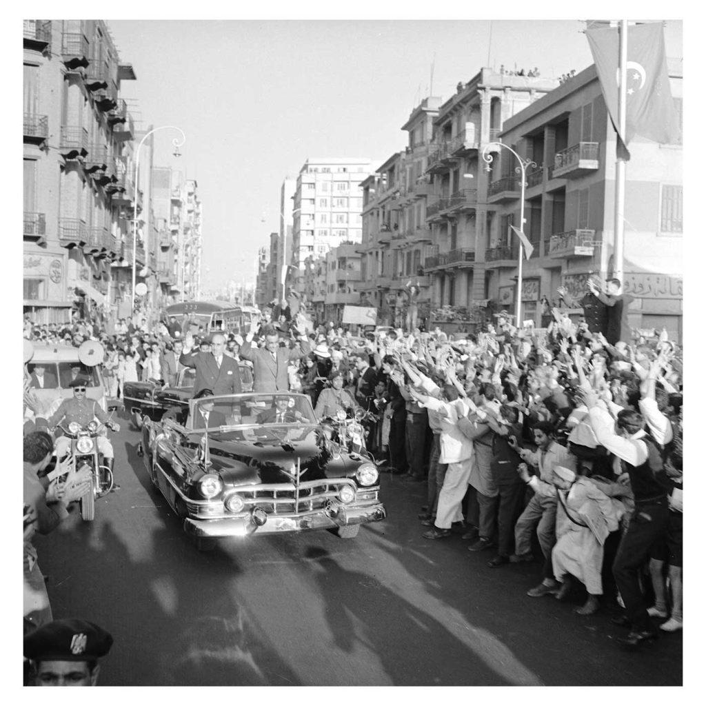 القاهرة 1958 - جمال عبد الناصر وشكري القوتليعند توقيع ميثاق الوحدة (7)