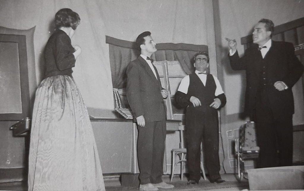 حلب 1955 - من مسرحية بائعة الخبز