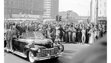 صورة القاهرة 1958 – جمال عبد الناصر وشكري القوتليعند توقيع ميثاق الوحدة (4)
