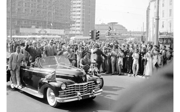 القاهرة 1958 - جمال عبد الناصر وشكري القوتليعند توقيع ميثاق الوحدة (4)