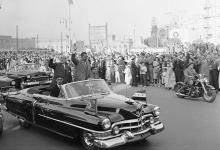 صورة القاهرة 1958 – جمال عبد الناصر وشكري القوتليعند توقيع ميثاق الوحدة (11)