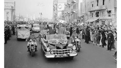 صورة القاهرة 1958 – جمال عبد الناصر وشكري القوتليعند توقيع ميثاق الوحدة (9)