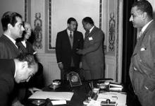 القاهرة 1955 - جمال عبد الناصر يستقبل الفنان فريد الأطرش (2)