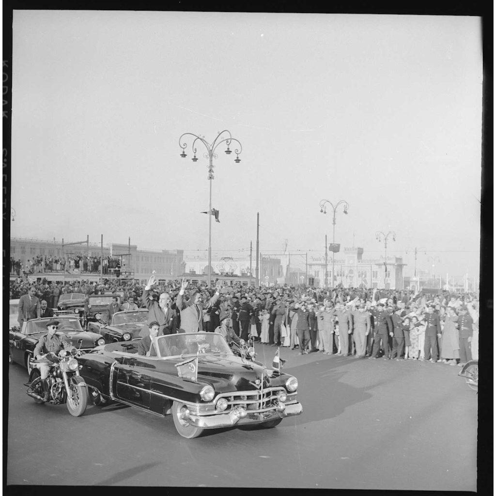القاهرة 1958 - جمال عبد الناصر وشكري القوتليعند توقيع ميثاق الوحدة (10)