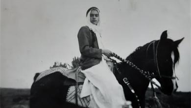 صورة الرقة 1934- عبد السلام العجيلي على صهوة جواده في ريعان الصبا
