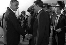 صورة القاهرة 1968- جمال عبد الناصر في وداع نور الدين الأتاسي والوفد المرافق (1)