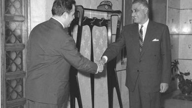 صورة جمال عبد الناصر ونور الدين الاتاسي في حفل العشاء الذين أقيم تكريماً للوفد السوري 1968(1)