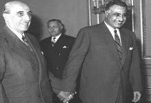 صورة جمال عبد الناصر يستقبل شكري القوتلي بالقاهرة عام 1959