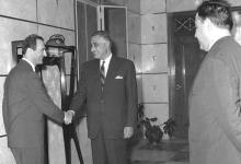 صورة صلاح جديد وجمال عبد الناصر في حفل عشاء الوفد السوري بالقاهرة 1968 (2)