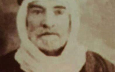 صورة الشاعر والمجاهد علي عبيد …